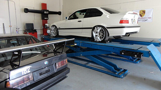 Road-Mech24x7 Mercedes-Benz Wheel Alignment Services